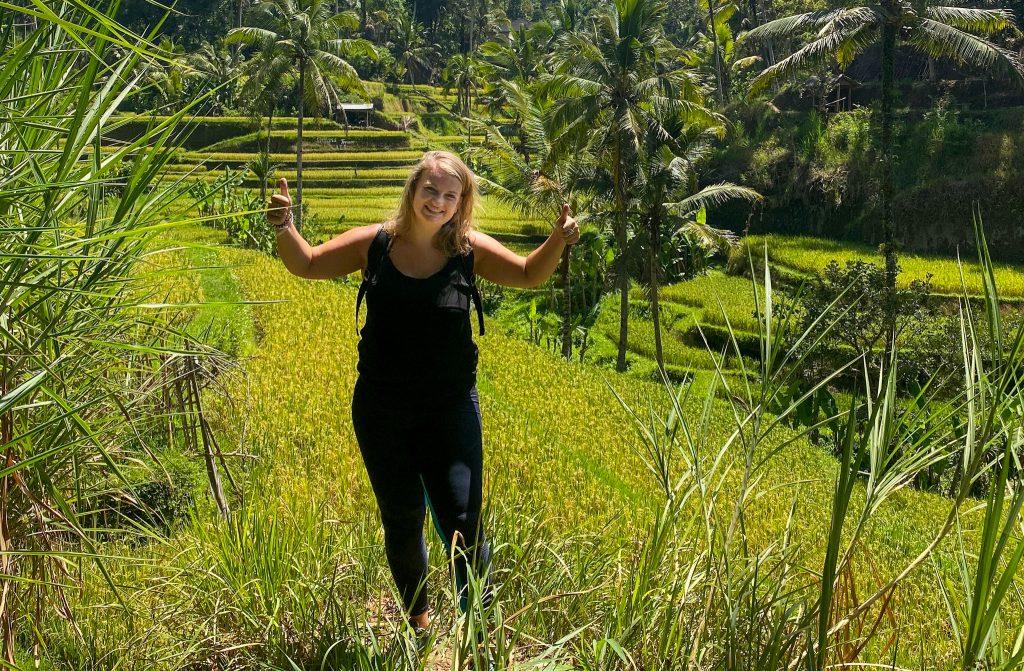 """Liona op reis in de rijstvelden van Bali. """"Ik vind het hebben van een eigen mening super belangrijk"""""""
