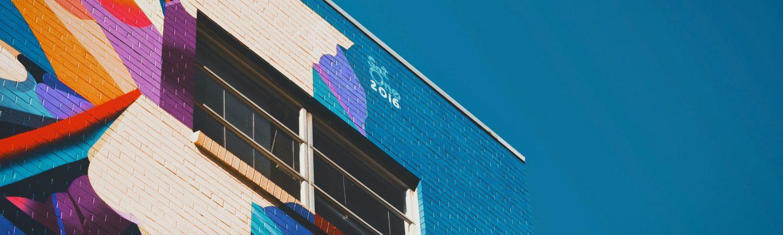 Sfeerbeeld van kleurrijk gebouw